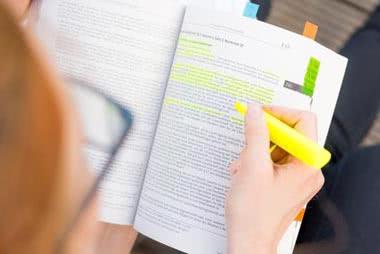 Die erlaubte Literaturangabe in der Doktorarbeit